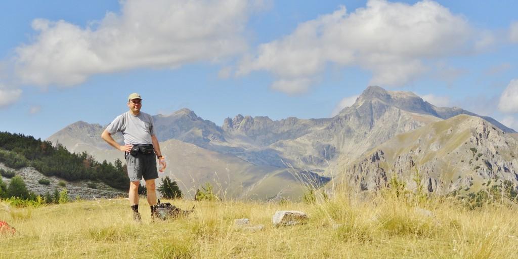 Pauzeren en poseren op de Cîme du Prêtre. Door de lange en steile klim hadden we meer dan 4 uren nodig om tot hier te geraken.